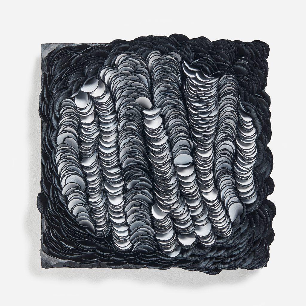 Bianca Severijns, paper art, paper artist, contemporary art, art relief, contemporary artist, art sculpture, Movement and rhythm series 2021, squared circles